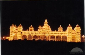 the-mysore-palace-lit-up-by-97000-light-bulbs-mysore